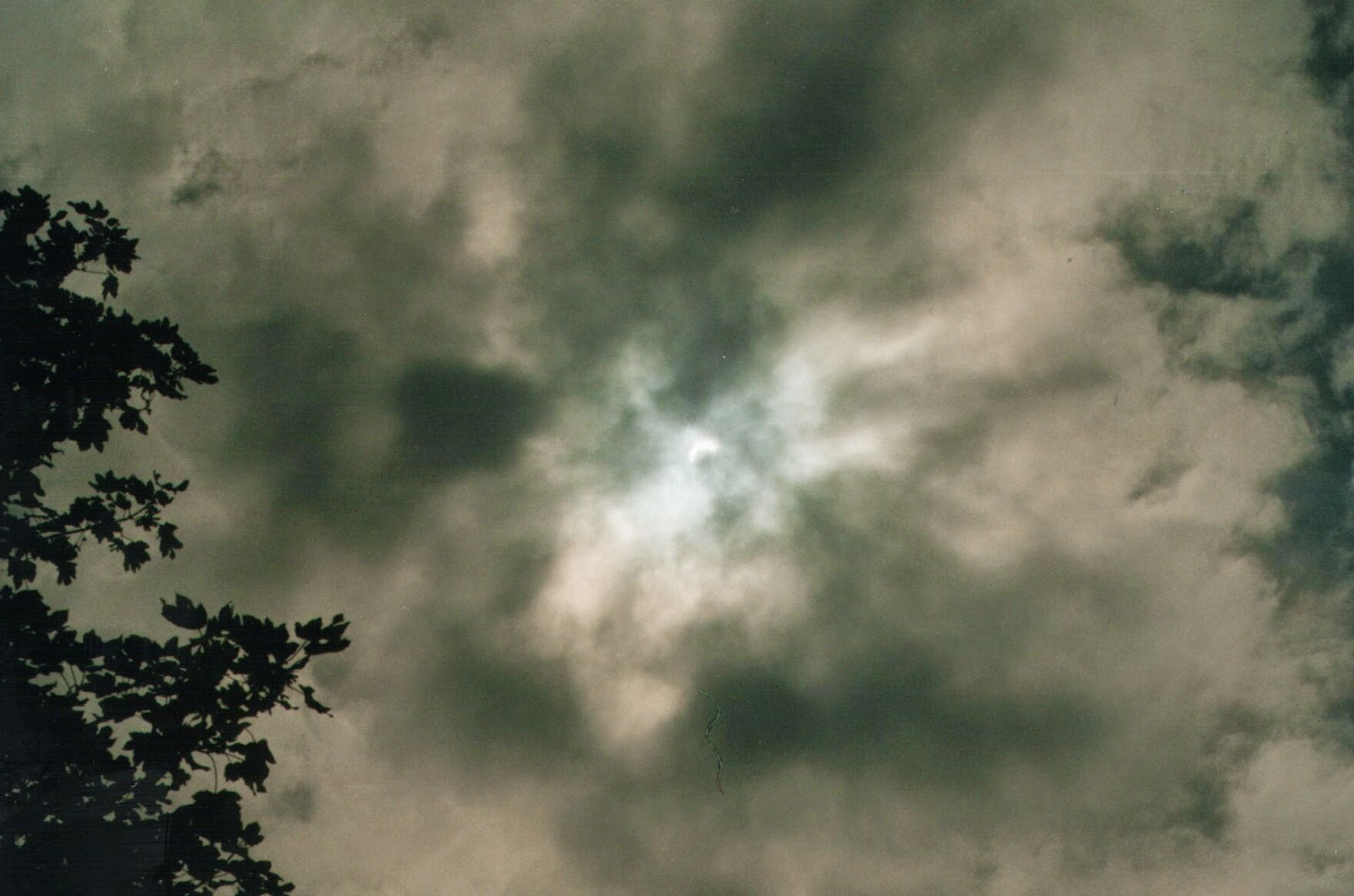 Eclipse 11 Aug 99 Llangollen Canal
